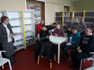 goscie z WTZ 300x225 - Uczestnicy WTZ w bibliotece