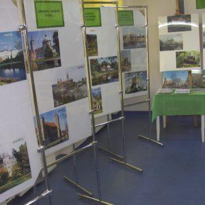 Zamki i pałace na fotografii