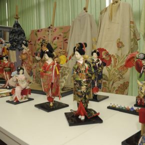 Wystawa lalek i kimon japońskich przedłużona
