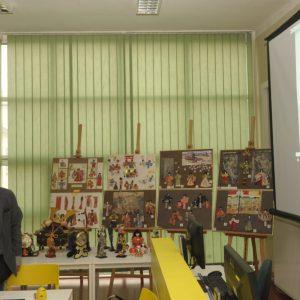 Goście z Japonii w   bibliotece