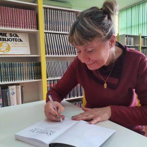 Elżbieta Draczyńska w brzezińskiej bibliotece